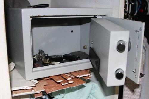 Санкционированное вскрытие сейфа
